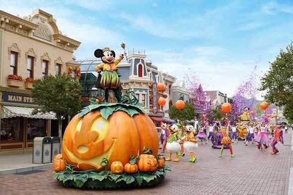 體驗不一樣的詭趣氛圍 來去迪士尼過萬聖節!